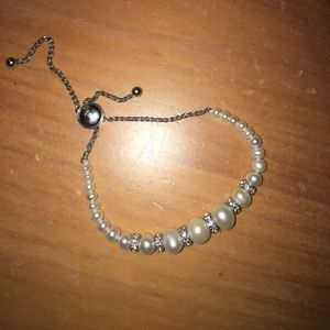 Zales Pearl and Diamond bracelet